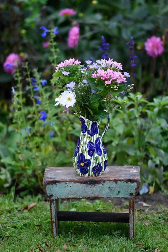 Photo of Katherine Barney's ceramic artwork
